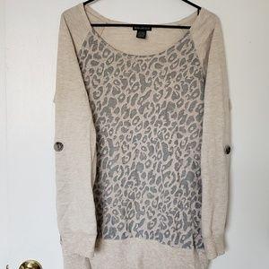 Long Sleeve Leopard Print Tee